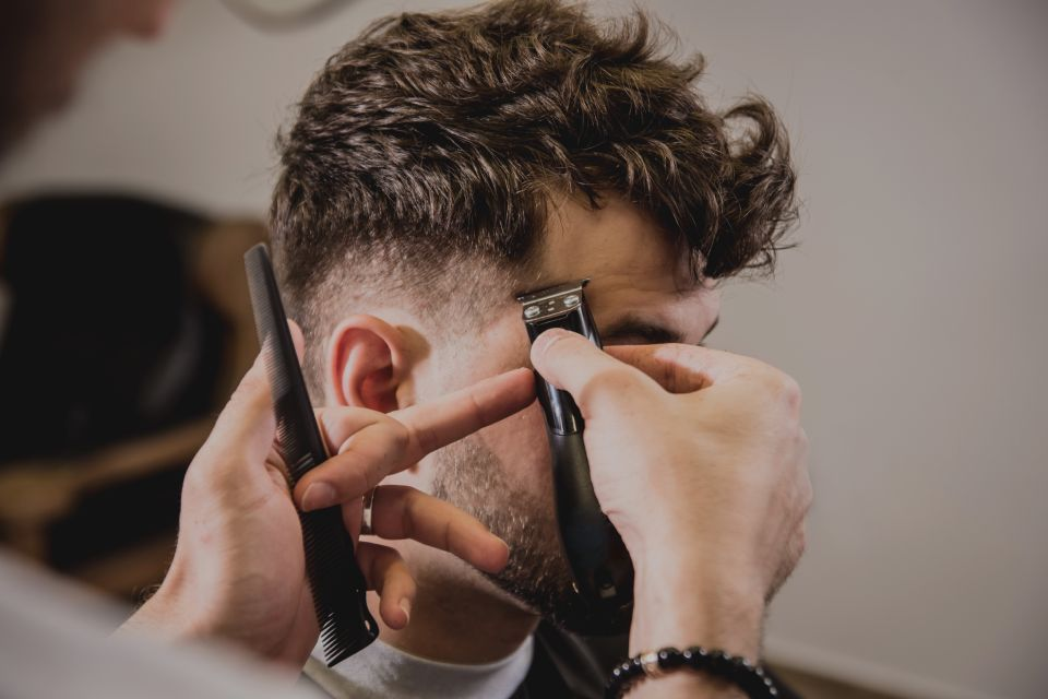Men hair cut and styling